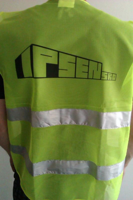 Výroba reflexních vest s potiskem